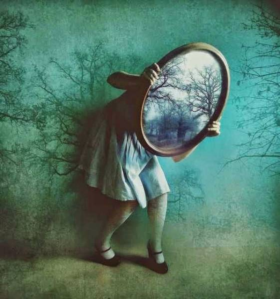 10-Mind-Blowing-Theories-That-Will-Change-Your-Perception-of-the-World-1